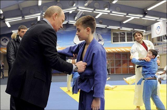 дзюдо для детей или самбо: что лучше ребенку, детские секции, занятия девочек, тренировки начинающих, соревнования, со скольки лет