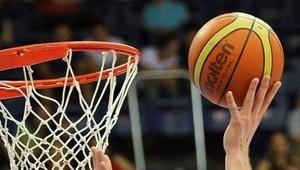 Тайм в баскетболе: сколько минут длится, как называется, количество периодов в игре, как долго идет перерыв
