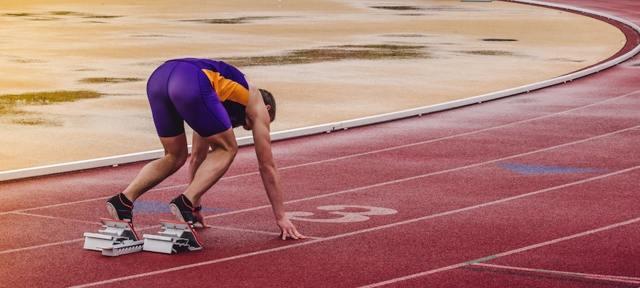 Бег на 100 метров техника и нормативы. Как улучшить бег на 100 метров?
