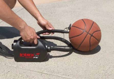 Как накачать баскетбольный мяч: сколько качать, чем заклеить, можно ли сделать своими руками