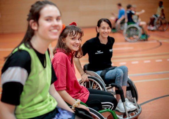 Баскетбол на колясках инвалидных: что это такое